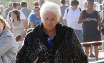 Pam St Clement films final Pat Butcher EastEnders scenes in trademark fur