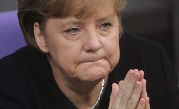 Angela Merkel urges eurozone 'fiscal union' as PM and Sarkozy hold talks