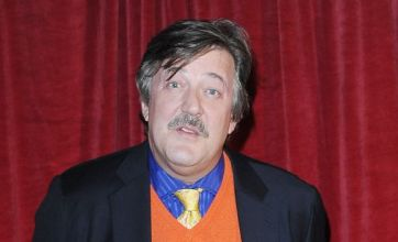 Stephen Fry: I had to eat testicles for role in The Hobbit