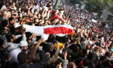 More protesters die in Cairo as troops open fire