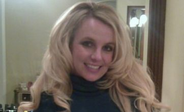 Britney Spears shows off engagement ring in Twitter snap
