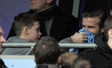 David Beckham 'wipes nose' with Man City shirt after meeting Mario Balotelli