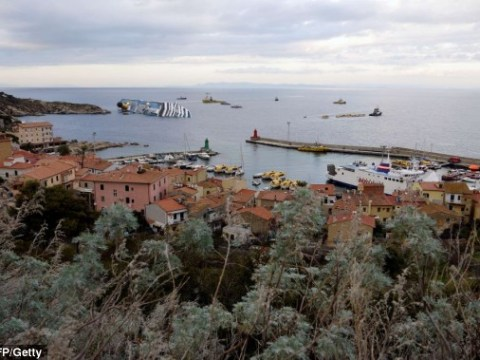 Pictures: Costa Concordia recovery mission