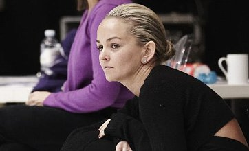 Jennifer Ellison to skate on in Dancing On Ice despite cracked rib