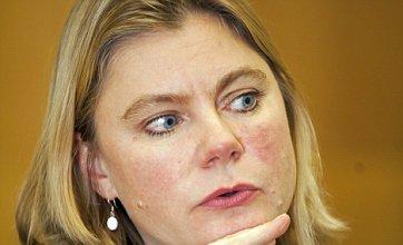 Network Rail bosses attacked by transport secretary over bonuses