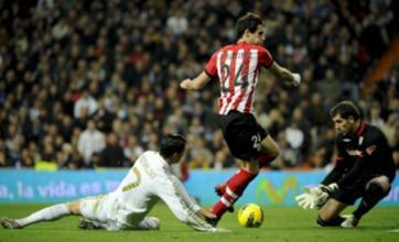 Manchester United target Javi Martinez 'eyed by Liverpool'