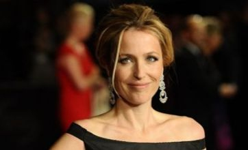 Gillian Anderson reveals she had lesbian relationship at school