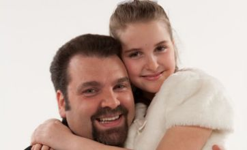 Soprano Anabella, aged 9, shares stage with opera star father