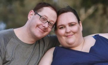 Mother gets engaged to chef to help her in bid to be world's fattest woman