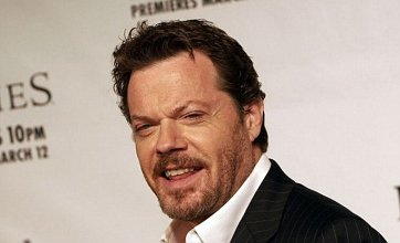 Eddie Izzard to play vampire in remake of The Munsters