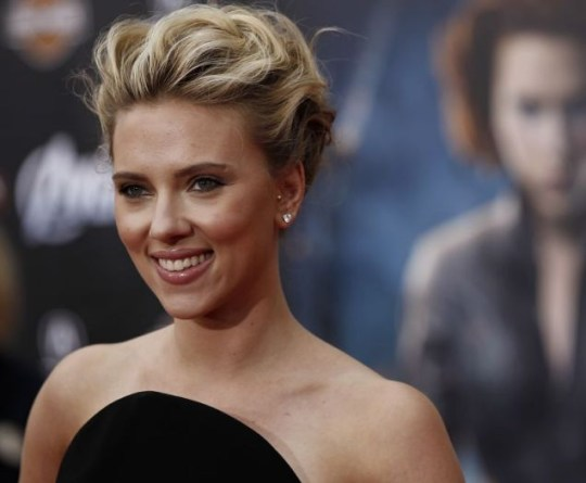 Scarlett Johansson Opens Up About Secret Relationship With Sean Penn Metro News