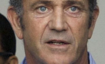 Mel Gibson hits back at Joe Eszterhas' anti-Semitic accusations