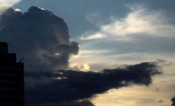 Cloud that looks like Lord Sugar spotted over Bangkok