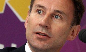 Jeremy Hunt resists resignation calls as Murdoch reveals BSkyB bid role