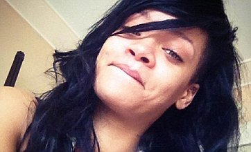 Rihanna tweets no makeup picture as Chris Martin rates her 2nd to Gwyneth