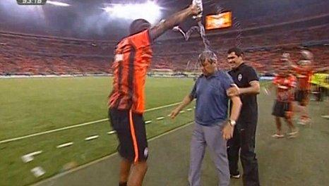 Shakhtar Donetsk coach Mircea Lucescu soaked