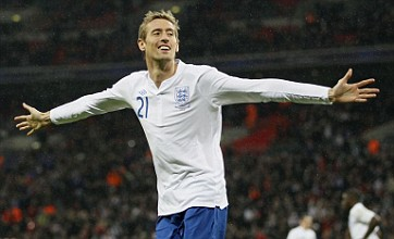 Gary Lineker: Peter Crouch should be picked for England's Euro 2012 squad