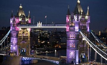 Tower Bridge lights up as Jubilee starts London's celebration summer