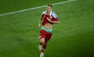 Nicklas Bendtner will not wear his 'lucky' Paddy Power pants for the remainder of Euro 2012
