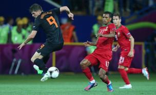 Klaas-Jan Huntelaar is a transfer target for Liverpool (Allstar)