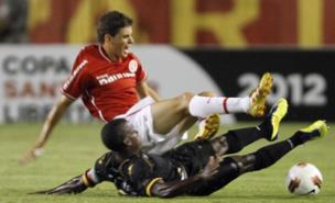 Oscar (top) is a transfer target for Spurs (AFP/Getty Images)
