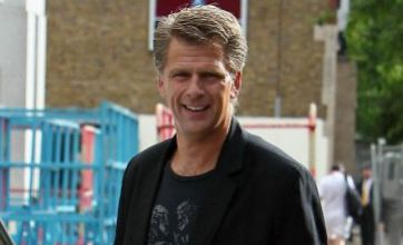 Andrew Castle: The first time I played tennis I fell in love with the ball