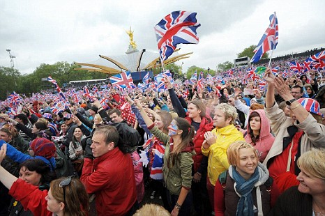 The Diamond Jubilee: Better to be there oto be with the BBC? (Picture: PA)