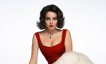 Lindsay Lohan shows off cleavage as Elizabeth Taylor in Liz & Dick pictures