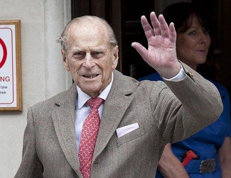 Prince Philip waves King Edward VII Hospital bladder infection