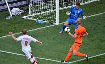 Michael Krohn-Dehli clinches Denmark win over Netherlands at Euro 2012