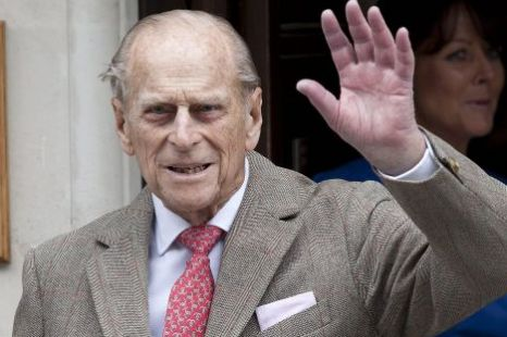 Prince Philip waves King Edward VII Hospital bladder infection