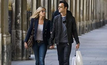 Jennifer Aniston and Justin Theroux enjoy romantic break in Paris