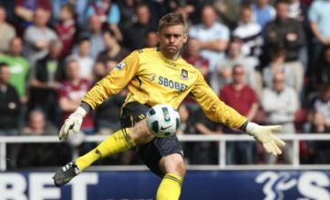 Ex-West Ham goalkeeper Rob Green agrees terms for QPR transfer