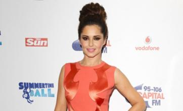 Cheryl Cole signs book deal for tell-all autobiography