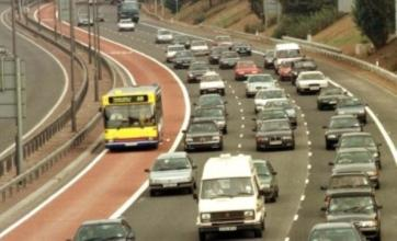 M4 closed in London after cracks found in viaduct