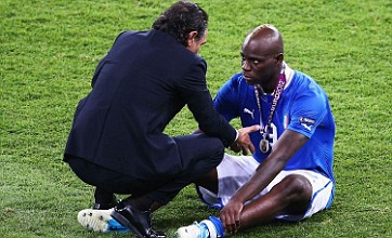 Mario Balotelli must learn to accept defeat, says Italy coach Prandelli