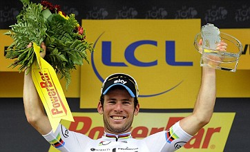 Mark Cavendish wins stage 18 of Tour de France in sprint finish