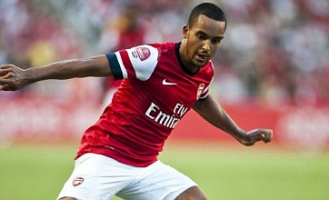 Theo Walcott keen to sign new Arsenal deal amid Southampton rumours