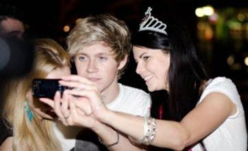 Niall Horan is mobbed by female fans on night out without 1D bandmates