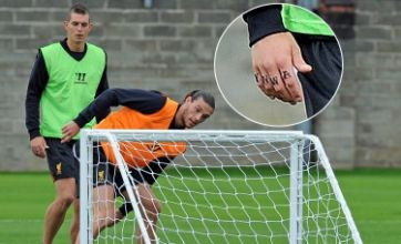 Daniel Agger gets Liverpool's YNWA tattoo on his knuckles