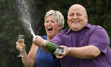 £148.6m EuroMillions jackpot winners 'celebrated with pizza'