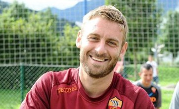 Manchester City open talks with agent of Roma's Daniele De Rossi