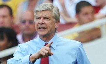 Wenger not worried by Van Persie loss despite Sunderland stalemate
