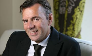Dragons' Den star Duncan Bannatyne suffers suspected heart attack