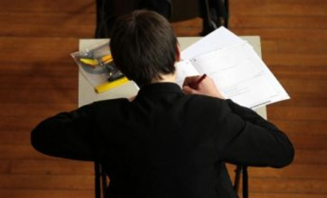 45,000 pupils will resit GCSE English exams in November (Picture: PA)