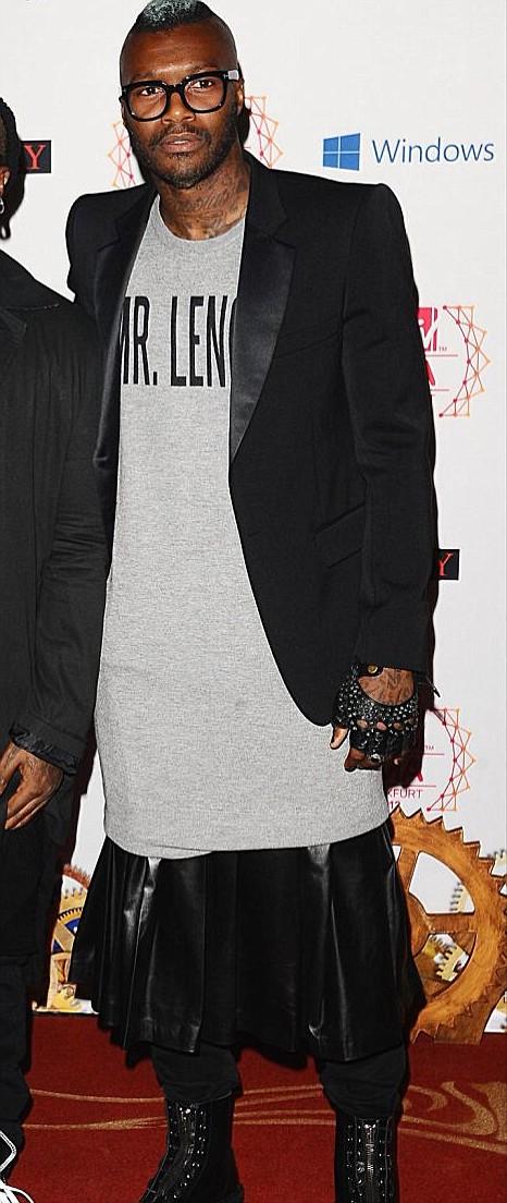 Djibril Cisse, MTV Europe Music Awards, skirt.