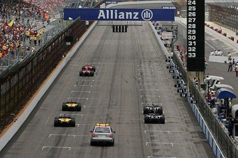 Indianapolis Grand Prix six cars on grid US Grand Prix 2005