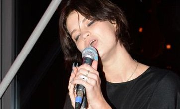 Pixie Geldof sings to star-studded crowd at London gig