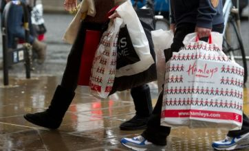 Early Christmas shoppers spend £20m in three hours in central London