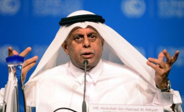 Hundreds gather in Qatar to draw up new treaty on climate change